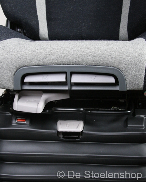 KAB luchtgeveerde stoel 65K4B 24 Volt met 3-puntgordel