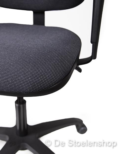 Kassastoel Score 2300 met verstelbare zithoek en armleggers